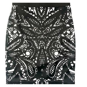 Black and white Express pencil skirt